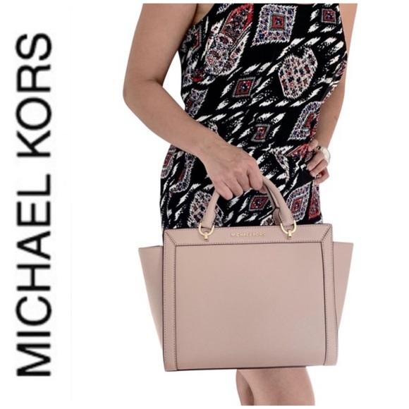 Michael Kors Handbags - NWT authentic MK leather Brandi satchel fawn